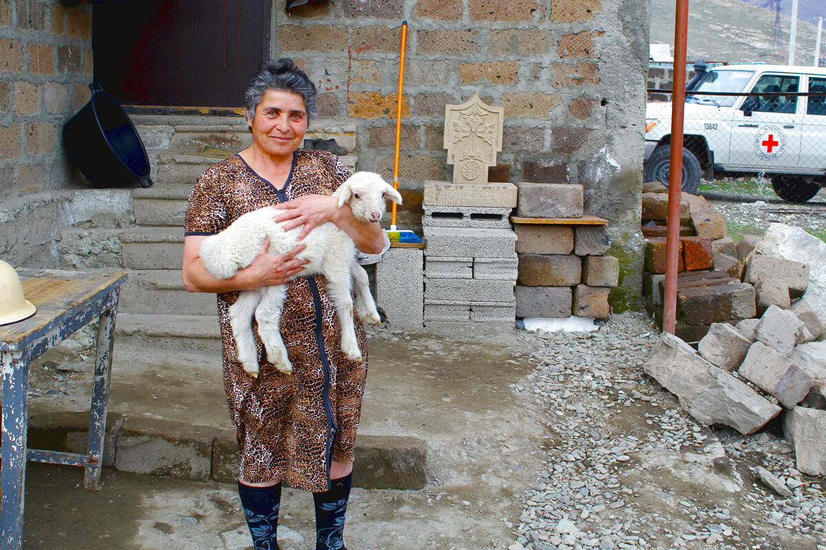 A family member of the disappeared, Nagorno-Karabakh. (ICRC/A.Karamyan)