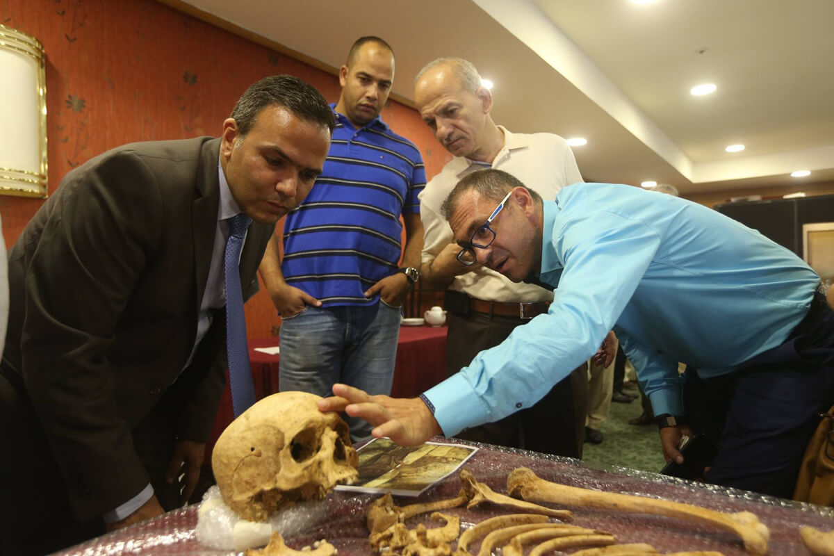 Forensics training workshop on missing persons in Lebanon held by ICRC in September 2015. (ICRC/H.Shaaban)